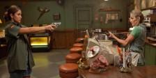 Catch .44: Tiro Certeiro é um thriller repleto de suspense e de duplos sentidos onde ninguém é quem aparenta ser.
