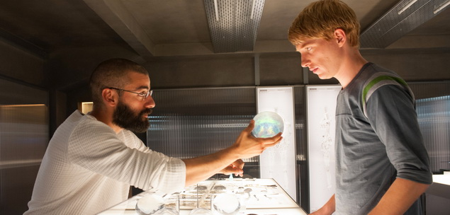 ex_machina_analise_review_imag1