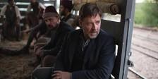 Russell Crowe é o pai em busca dos filhos perdidos em A Promessa de uma Vida.