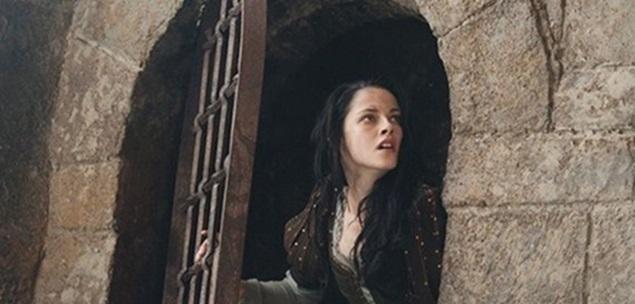 Kristen Stewart-Snow White-MagazineHD