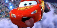 Foi divulgado o novo poster do filme de animação da Pixar, Carros 3, que conta com o fantásticos Faísca McQueen .