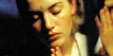 Em Fumo Sagrado de Jane Campion, o deserto australiano é o campo de batalha para a guerra psicossexual entre Kate Winslet e Harvey Keitel.
