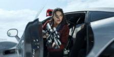 Uma das estrelas do franchise Velocidade Furiosa, Michelle Rodriguez está revoltada com os filmes não promoverem muitas oportunidade às mulheres.