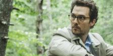 """Arthur decide morrer. Em Aokigahara depara-se com um homem. Os dois homens iniciam uma viagem de reflexão e sobrevivência neste """"The Sea of Trees""""."""