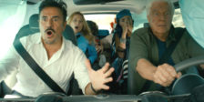 Uma família louca está a ir de férias quando o carro deixa de travar e quase bate em cem carros. Esta é A Toda a Velocidade!