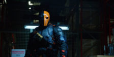 Após o reaparecimento de Deathstroke na quinta temporada de Arrow, o actor Stephen Amell já confirmou o regresso da personagem!