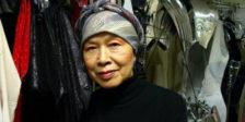 Se ainda fosse viva, Eiko Ishioka faria hoje 79 anos. Para celebrar tal data, relembramos o trabalho incomparável desta designer no mundo do cinema.