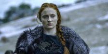 """A actriz revelou recentemente que a sua participação na série Game of Thrones terá contríbuido para a sua """"educação sexual""""."""