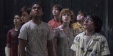 """Depois do êxito de """"IT"""" a Warner Bros tem pela frente o desafio de encontrar os atores adultos para interpretar o grupo de pré-adolescentes."""