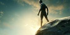 T'Challa, o Pantera Negra, regressa a Wakanda para assumir o trono do seu pai. Contudo, um novo e perigoso inimigo ameaça a paz.