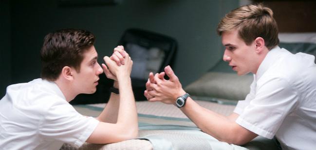 """Episódio de """"Room 104"""" explora relação gay entre dois Mórmons"""