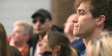 """O filme """"Stronger"""" baseia-se na inspiradora história real de Jeff Bauman, um homem comum que sobrevive ao atentado de 2013."""