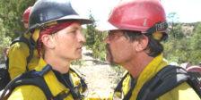 """""""Só Para Bravos"""" inspira-se numa equipa de bombeiros que teve de lutar contra um terrível incêndio que tomou a vida de 19 dos membros."""