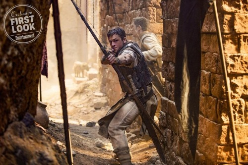 Robin Hood, Taron Egerton