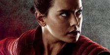 """Em """"Star Wars: Os Últimos Jedi"""", os figurinos de Rey ajudam a ilustrar as suas relações com outras figuras e forças em ação nesta guerra do bem contra o mal."""
