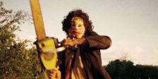 Mais de 40 anos depois da estreia, Massacre no Texas permanece um dos filmes de terror mais influentes e mais importantes da história do cinema americano.