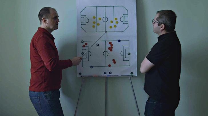 DocLisboa Infinite Football critica