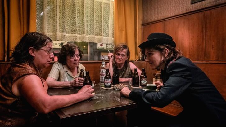 o bar luva dourada critica motelx cinema bold