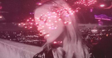 I Break Horses-Neon Lights-Warnings