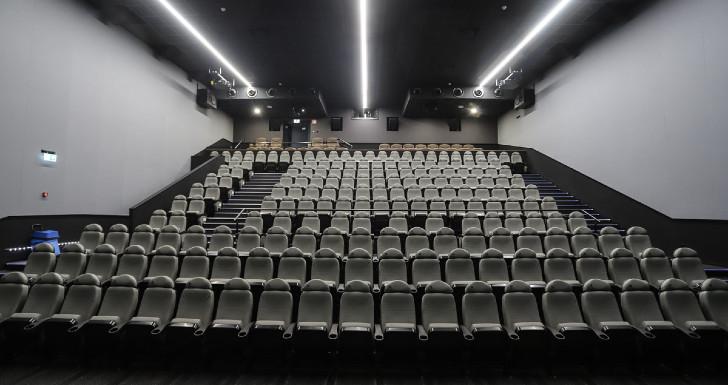 ScreenX | Sala da NOS Cinemas apresenta ciclo especial