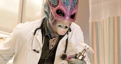 resident alien alan tudyk